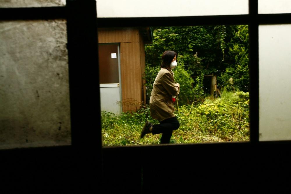 Art and Documentary Photography - Loading 03-04-05-JP_Fukushima12_81189z.jpg