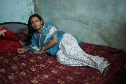 Art and Documentary Photography Blog - Loading Hijra communities in Mumbai