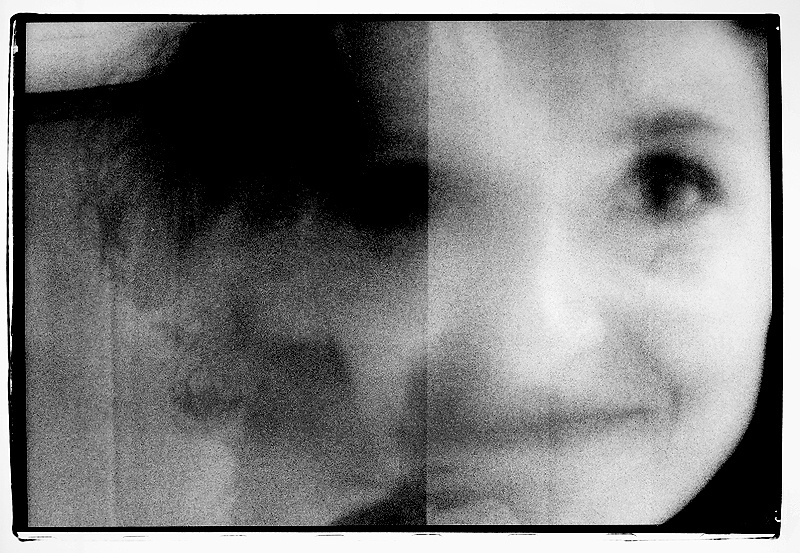 Art and Documentary Photography - Loading face_portugal.JPG